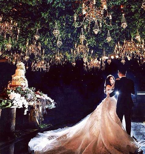 We are charmed by this enchanted forest theme wedding