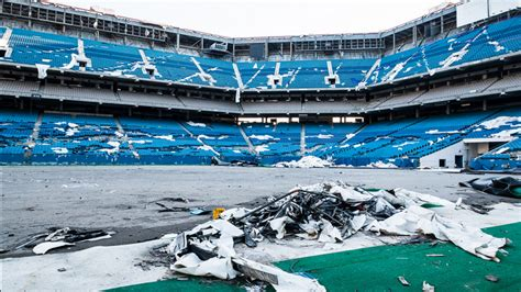 Pontiac Silverdome Sold by Eerie Photos Of The Pontiac Silverdome In Its Days