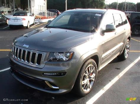 gray jeep grand cherokee srt 2013 mineral gray metallic jeep grand cherokee srt8 4x4