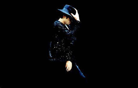 imagenes de michael jackson que se mueven bailando como baila y crea michael jackson burlesque experience