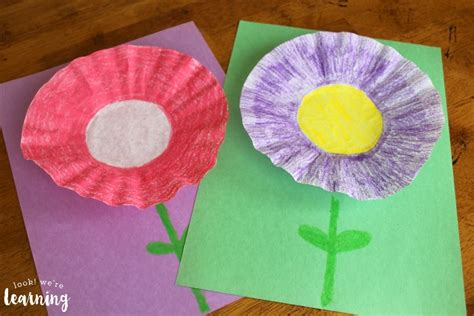 Coffee Filter Paper Crafts - easy coffee filter flower craft look we re learning