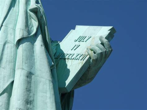 freiheitsstatue tafel freiheitsstatue foto bild america united states