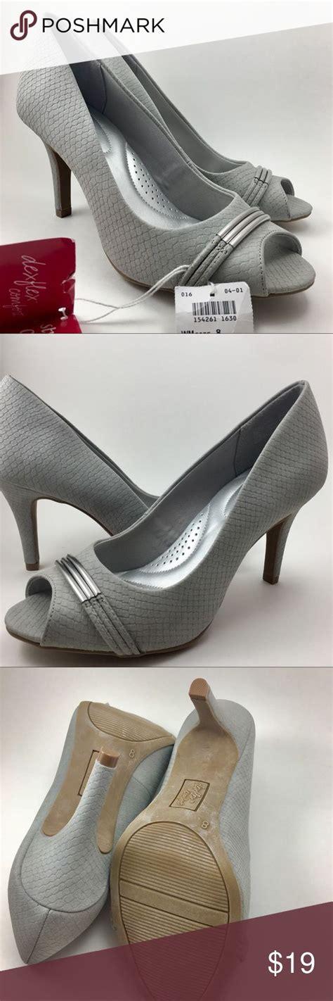 light gray peep toe heels best 25 peep toe heels ideas on shoes