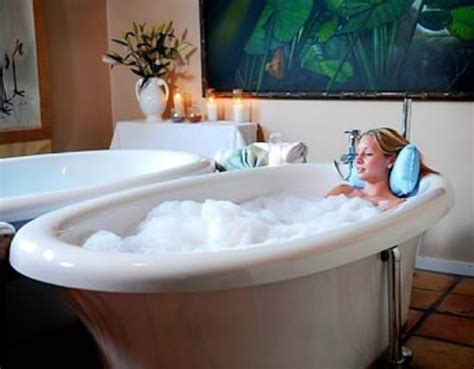Relaxing Bathtub by Relaxing Bath Treatment For One Or Two