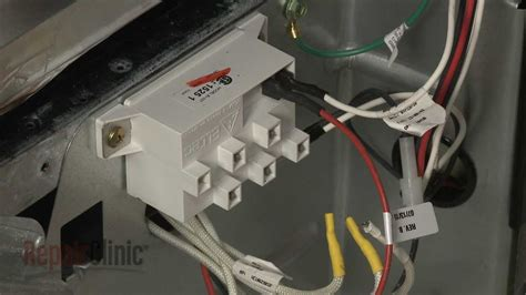 gas stove clicks but doesn t light whirlpool gas range burner won t light spark module