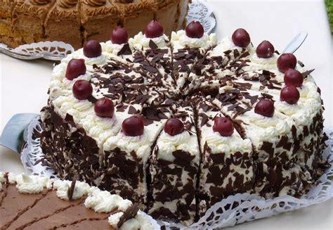 Konditorei Torten by Caf 233 Konditorei Haertle Torten Kuchen