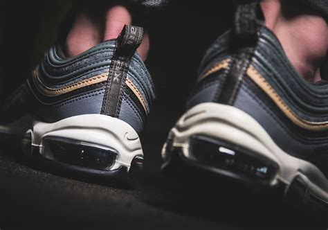 Topi Nike Semipremium check out the nike air max 97 with wool uppers sneakernews