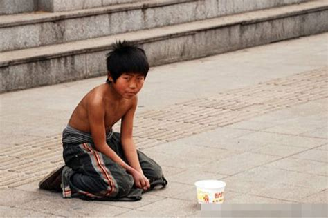Can You Go To China With A Criminal Record Giving Money To Child Beggars Is The Least Generous Thing You Can Do Don T