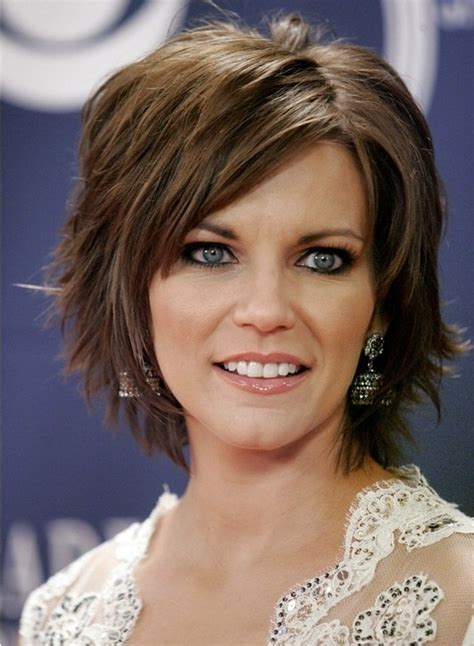 medium hairstyles layered with bangs short layered hairstyles with bangs popular haircuts