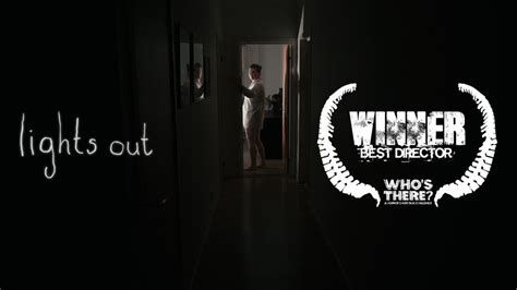 film horror lights out fantastically scary horror short lights out geektyrant