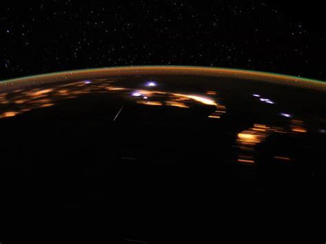 lyrid meteor shower to peak this weekend may be best in years lyrid meteor shower peaks this weekend meteors meteorites