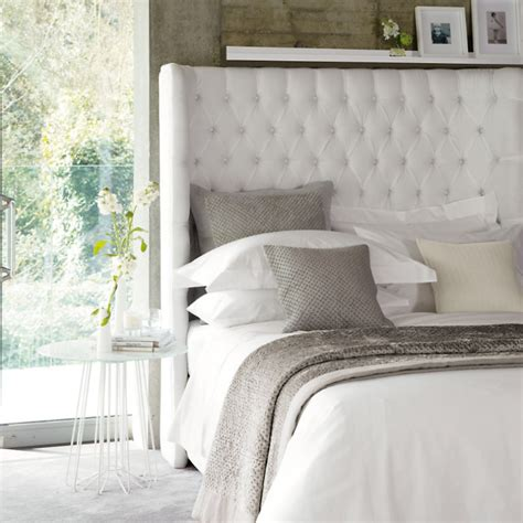 pillow top headboard top tips for arranging pillows on your bed functional