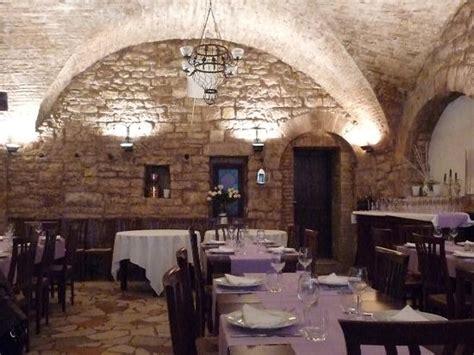 illuminazione taverna taverna de l arco assisi ristorante recensioni numero