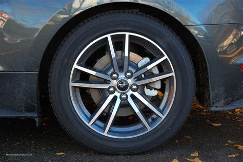 18 mustang rims 2015 ford mustang 18 inch magnetic gloss wheels motoring