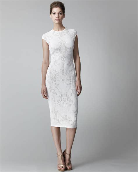 pattern for white dress lyst alexander mcqueen lace pattern sheath dress in white