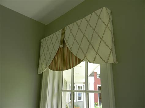Designer Valances | julie fergus asid nh interior designer board mounted