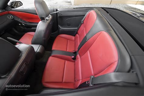 space seating 2014 chevrolet camaro rs convertible review autoevolution