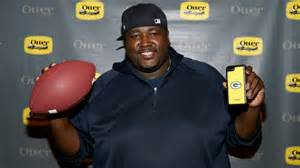 the blind side actor the blind side actor tells michael oher to stop