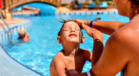 can you use banana boat sunscreen when pregnant 78 images about sun safety and outdoor tips on pinterest