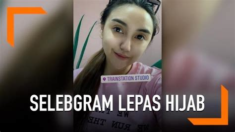 video salmafina sunan pamer foto lepas hijab showbiz