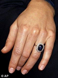 Blue Safir 1a prince william s engagement ring for kate middleton of