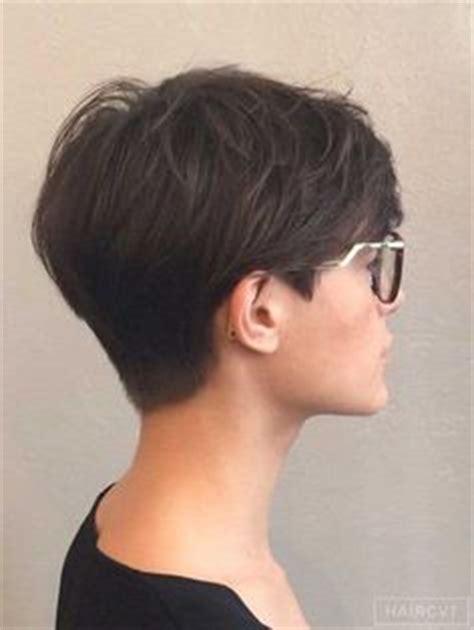 pinning back a pixie dark pixie cut back view short haircuts pinterest