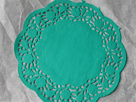 Paper Lace Doilies Crafts - 8 inch green paper lace doilies craft cards