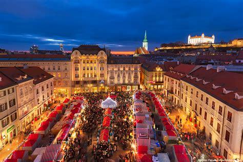 christmas market in bratislava hdrshooter