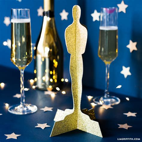 How To Make An Oscar Trophy Out Of Paper - diy oscar statue paper cut out lia griffith