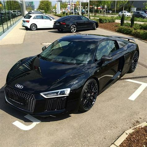 New Audi R8 by New Audi R8 Supercars Luxury Cars
