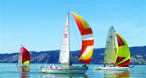 sailing boat race skippers scramble sail boat race lake county