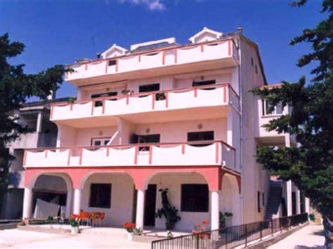 appartamenti a pag appartamenti miki pag novalja croazia