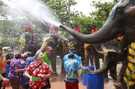 thai new year water festival songkran thai new year water festival thailand travel