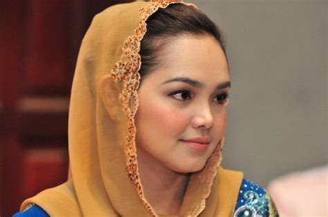 kisah terkini artis malaysia 2014 cerita artis terkini 2014 zon artis gosip artis malaysia