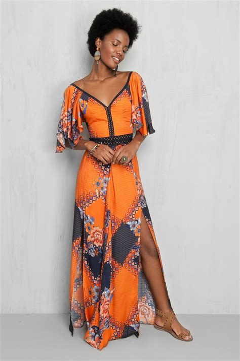 Bo Akasia Batik Dress 25 best ideas about batik dress on bird dress model dress batik and batik fashion