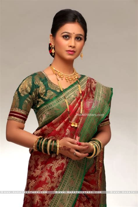 bai commercial marriage actress mrunal dusanis marathi actress photos wallpapers biography