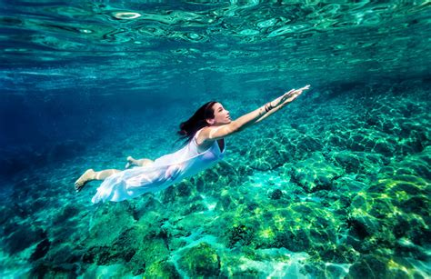 swing in the ocean how deep can your watch take you joyjoy watches