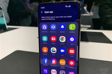 Samsung Galaxy S10 2 Apps At Once by You Can Remap The Bixby Button On Samsung S Galaxy S10 To Do Whatever You Want The Verge