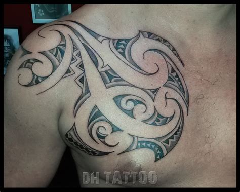 tattoo de tribal maori brust a turtle design in maori style