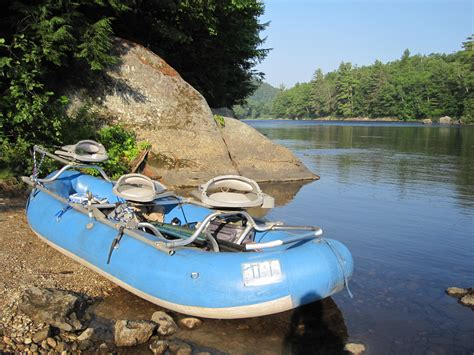 drift boat or raft for fly fishing western maine drifters specializing in drift boat fly