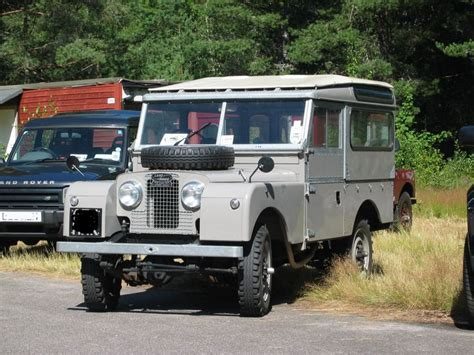 land rover safari roof series 1 land rover with safari roof landys