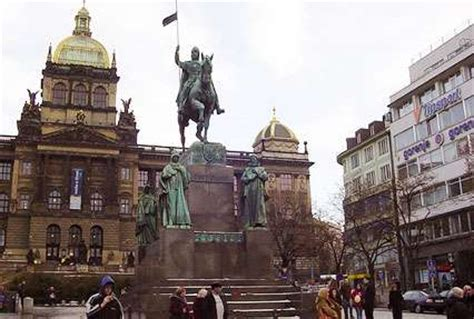 days prague vienna budapest  package indianholiday