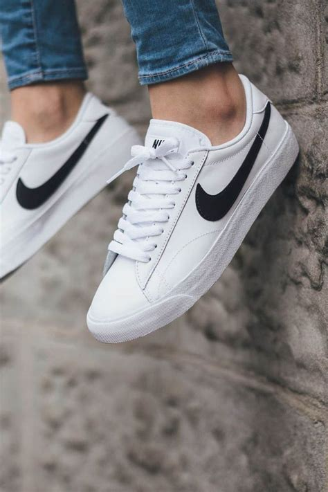 25 best ideas about white nikes on white nike