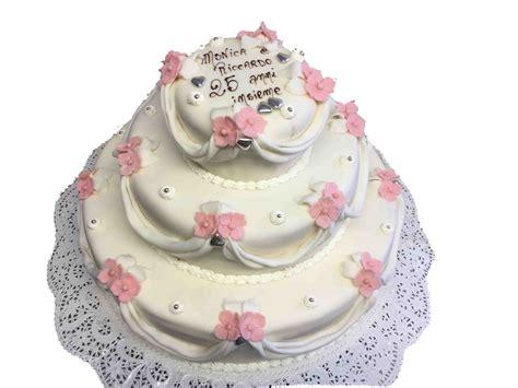 immagini torte con fiori torte nuziali a piani con fiori migliore collezione