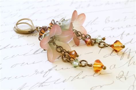 how to make lucite jewelry green and copper lucite flower earrings sahetah s jewelry