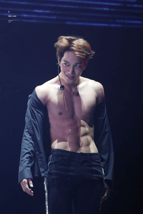 exo abs baekhyun and kai drove fans wild when they flashed their
