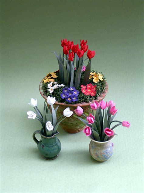miniature garden spring flowers