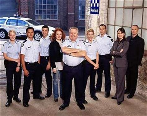 blue heelers s01e01 a womans place the big issue barefoot bowls fundraiser melbourne