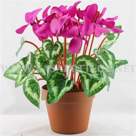 vasi con fiori artificiali fiori finti cicalmini