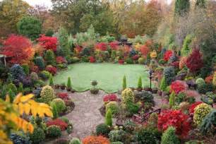 fall seasonal ideas decorating flower gardens outdoortheme com